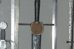 Miecz-z-taszką-XV-w.