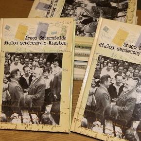 """Promocja książki """"Arego Szternfelda dialog serdeczny z Sieradzem"""""""
